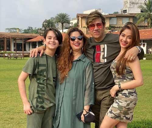 Jannat Zubair Rahmani family