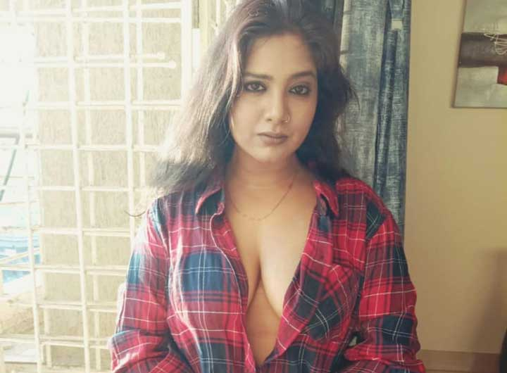 Kavita Radheshyam boob size