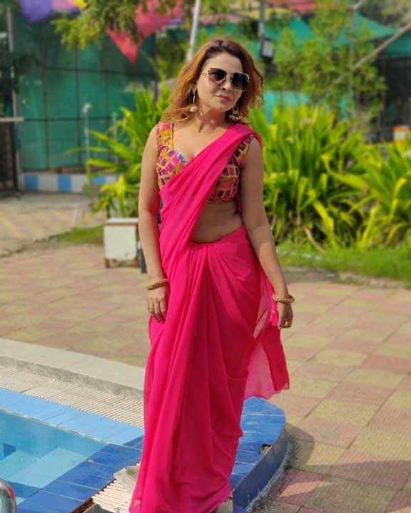 Mahi Kaur hot photos
