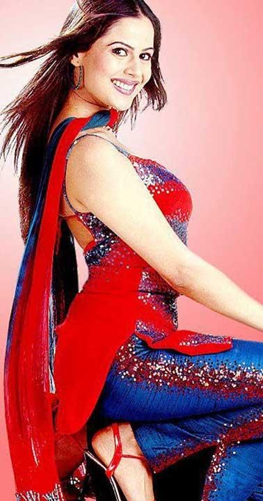Nandini Singh hot pics