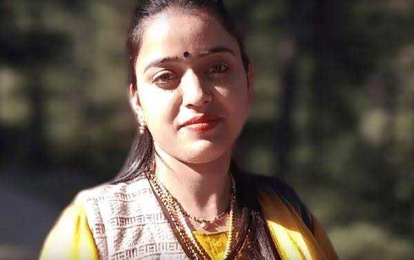 Reena Thakur biography