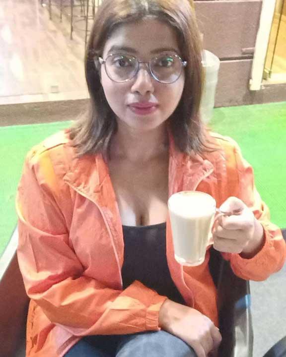 Rekha Mona Sarkar hot