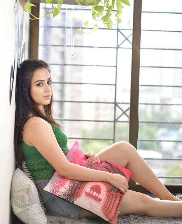 Ruby Bharaj hot pics