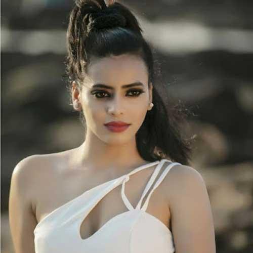 Shalini Sahay hot photos
