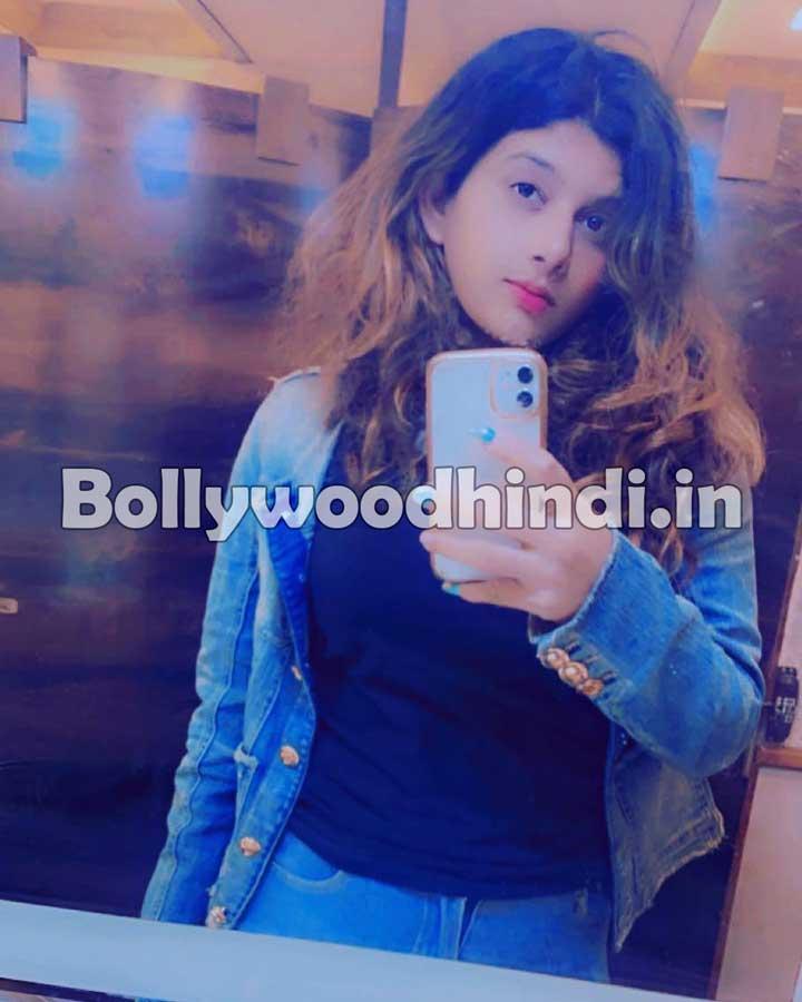 Isha Chhabra hot pics