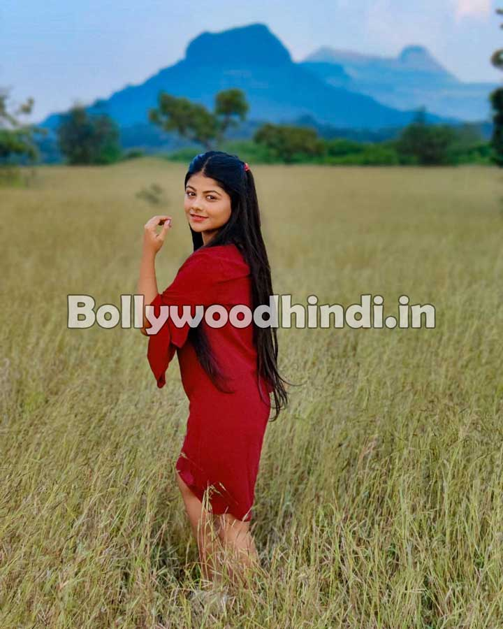 Pallavi Mukherjee hot pics