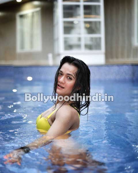 Aradhana Sharma hot pics