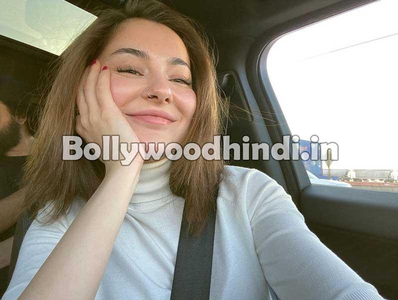 Hania Amir hot pics