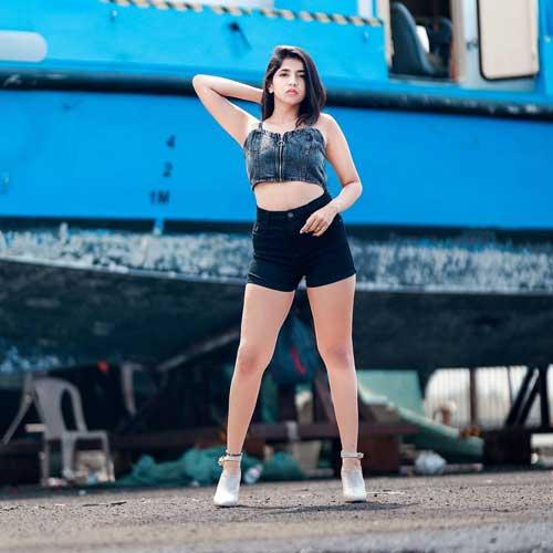 Prachi kadam body sizes