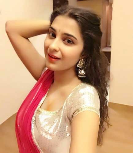 Surbhi Shukla hot pics