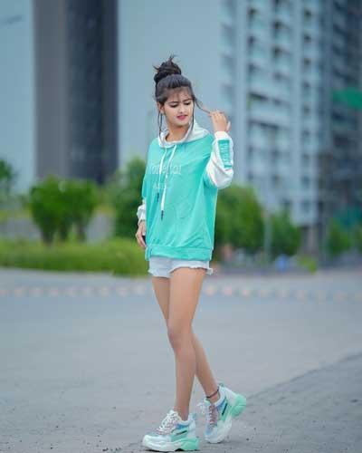 Saniya Shaikh net worth