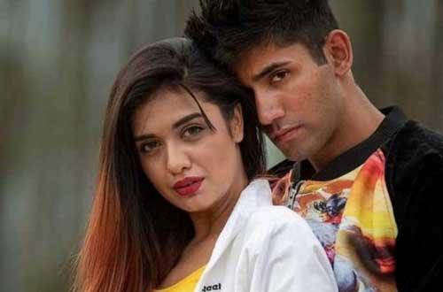 Divya Agarwal boyfriend
