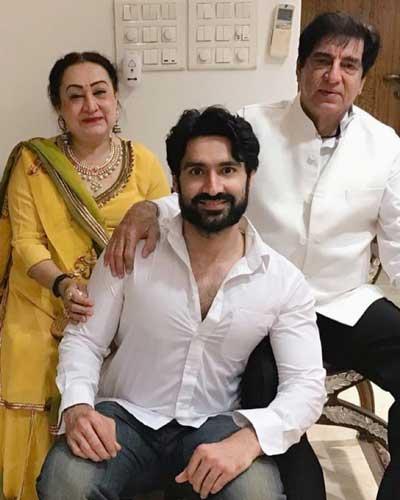 Karan Nath family